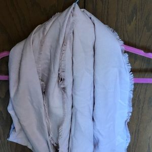 Dress barn light pink scarf new with tags